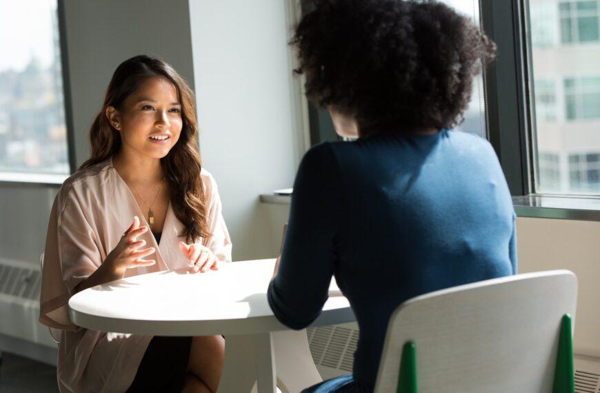 Ceritakan Tentang Dirimu: Pertanyaan Interview yang Paling Sering Ditanyakan